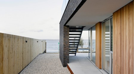 Contemporary Architecture One off Houses Montague House 03a jpa